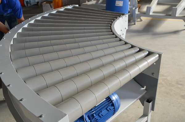 QRS Curved Live Roller Conveyor